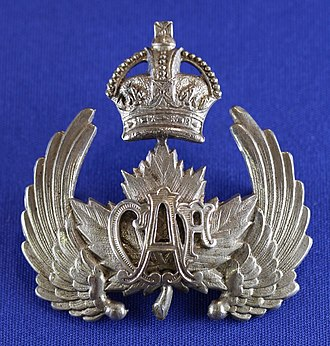 Canadian Air Force (1920–24) - Image: Type 1 (1st issue) for NCO Wedge cap, Height 57mm (ex AVM A.E. Godfrey collection)