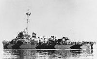 USS Crouter (DE-11) underway on 24 May 1944 (NH 83389).jpg