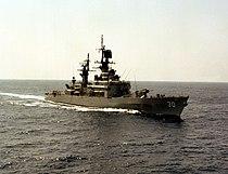 USS Horne (CG-30) underway in the Pacific Ocean on 29 June 1983 (6391133).jpg