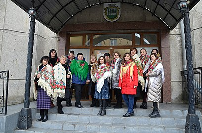 Ukrainian Headscarf Day, 2020 - 26.jpg