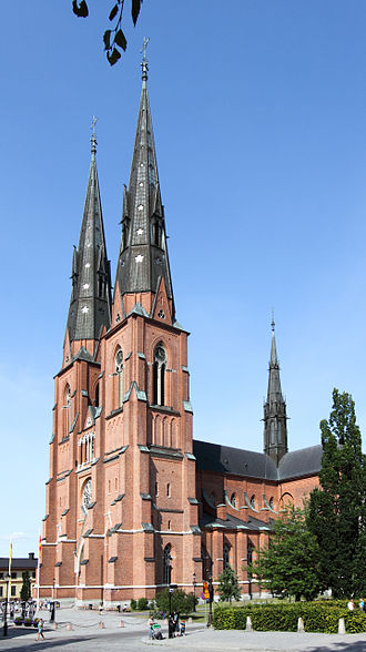 Uppsala Cathedral - Image: Uppsala cathedral from southwest 02