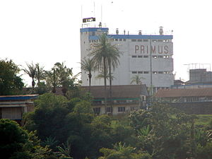 Bralima Brewery - Image: Usine de Bralima à Kisangani