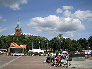 Uusikaupunki - Market place with the New Church in the background