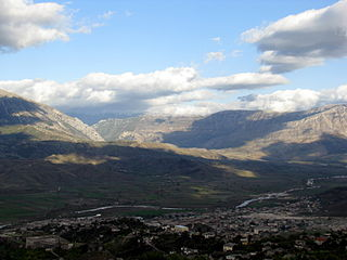 Valley near Gjirokastra, Albania.jpg