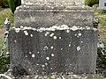 Vauréal (95), croix de cimetière, monument aux morts.jpg