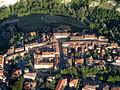 Veduta aerea del centro storico di Casola Valsenio.jpg