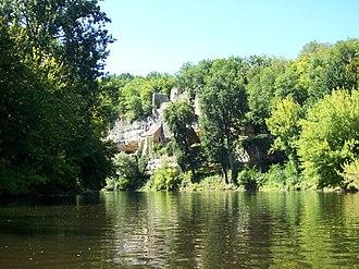 Vézère - Vézère at La Madeleine site