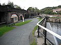 Viaduct, Bowling Basin - geograph.org.uk - 1472506.jpg