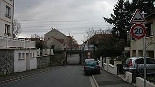 Panneau D Annonce De Cassis Ou Dos D Ane En France Wikipedia