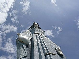 Trujillo, Trujillo - Monument to the Virgen de la Paz.