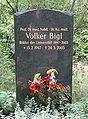 Volker Bigl Gravestone.jpg