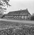 Voor- en zijgevel - Zweeloo - 20228196 - RCE.jpg