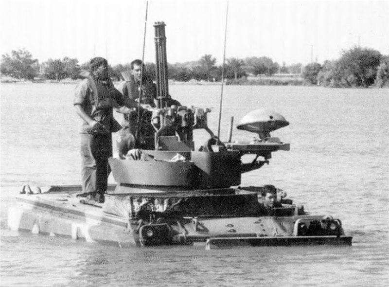 File:Vulcan tactical lake-crossing exercise at Ascarate Lake, Texas.jpg