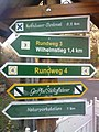 Wegweiser in Bad Frankenhausen (Kyffhaeuser-Denkmal 9,2 km).jpg