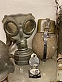 Wehrmacht Heer (WW2 German Army) Gasmaske M30 G-Maske Gasschutzmaske (gas mask) Feldflasche mit Aluminiumbecher (canteen bottle) Bakelit Marschkompass (compass) etc. Hjemmefrontmuseet Rakkestad war museum, Norway 2021-06-20 IMG 5710.jpg