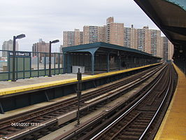 West 8th Street platforms.jpg