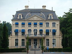 Castle Hernieuwenburg, now town hall