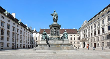 Monument in the inner courtyard of the Hofburg in Vienna Wien - Denkmal Kaiser Franz I. (1).JPG