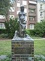 Wolfgang-Borchert-Denkmal an der Eppendorfer Landstraße in Hamburg-Eppendorf.jpg