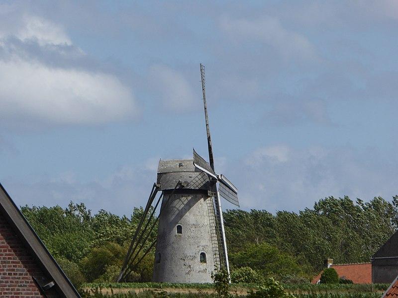 Mortiersmolen ,  de 1789 à trois étages Zwevegem  Province de Flandre-Occidentale.- Belgique