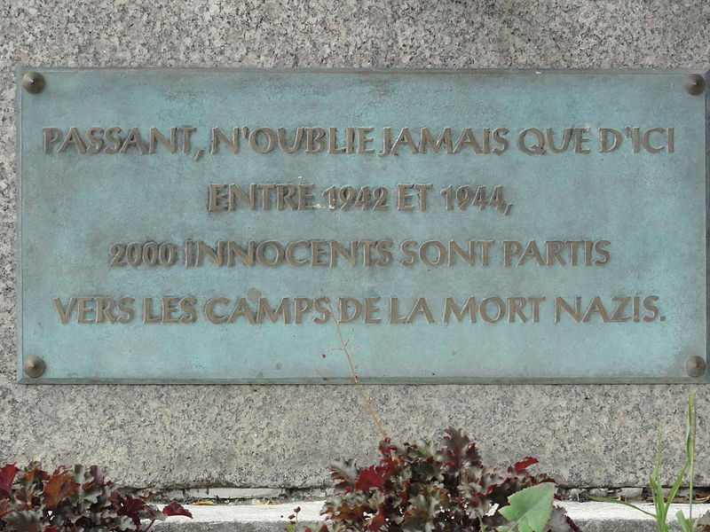 Écrouves (Meurthe-et-M.) plaque mémorial 2000 déportés