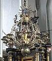Żyrandol kościół św. mikołaja gdańsk.jpg