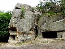 Скелі Довбуша-2.jpg