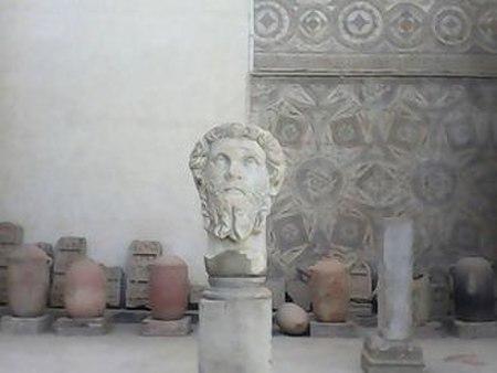 الاثار الرومانية بمدينة جميلة الاثرية.jpg