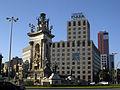 002 Plaça d'Espanya, font i hotel Catalonia Plaza.jpg
