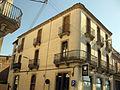 069 Edifici al carrer Sant Roc 17, cantonada Segle XX.jpg