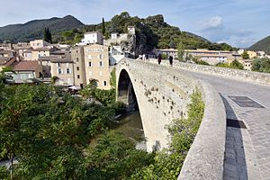 Nyons - Roman bridge near Nyons