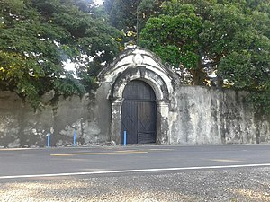 Maubara - Image: 18.04.14 Forte de Maubara 1