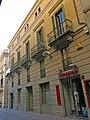 194 Casa Amàlia Soler, c. Santa Maria 2 (Vilafranca del Penedès), façana c. Cort.jpg