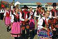 20.8.16 MFF Pisek Parade and Dancing in the Squares 044 (28503984364).jpg