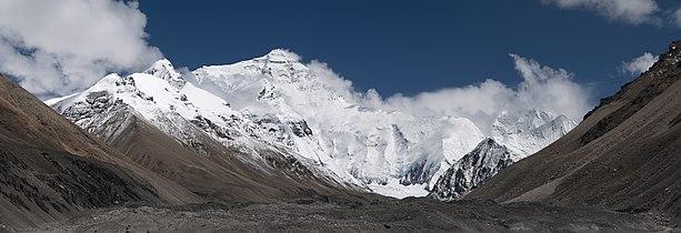 20110810 North Face of Everest Tibet China Panoramic.jpg