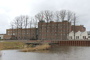 Community centre - The DRU Cultuurfabriek in the Netherlands is based on a former iron foundry. The main building was used once for the administration.