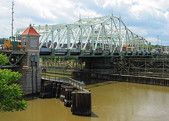 University Heights Bridge - Image: 2014 University Heights Bridge from north