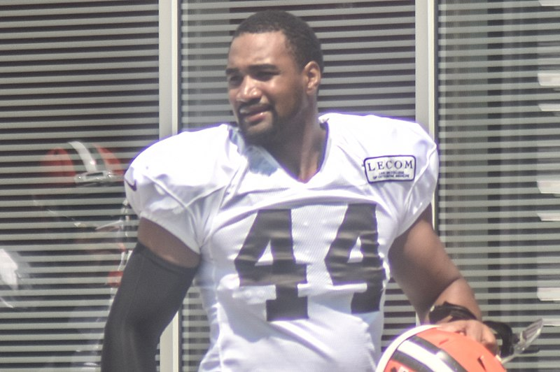 File:2016 Cleveland Browns Training Camp (28408115020).jpg