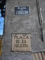 235 Plaça de l'Església (Renau), plaques.jpg