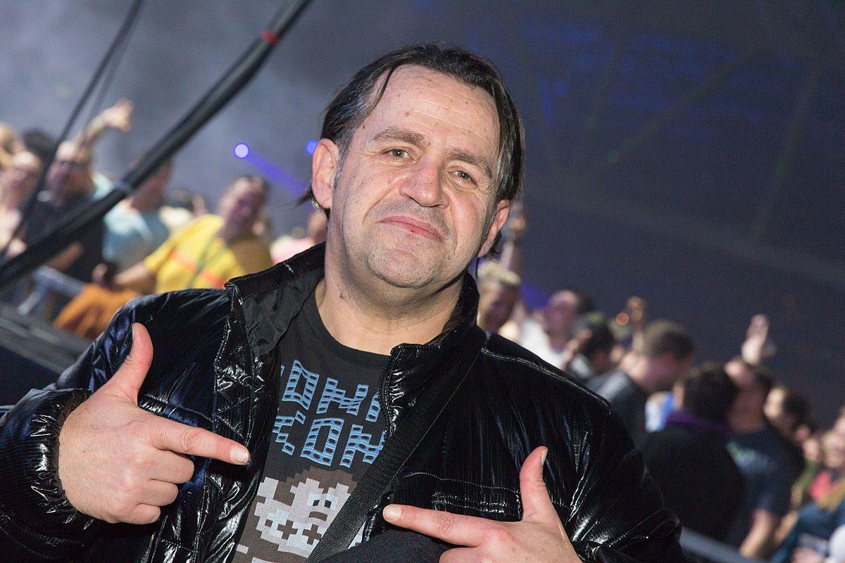 DJ Quicksilver - Wikipedia