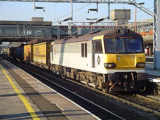 British Rail Class 92 - 92027 George Eliot at Stafford in August 2005 with an intermodal train.
