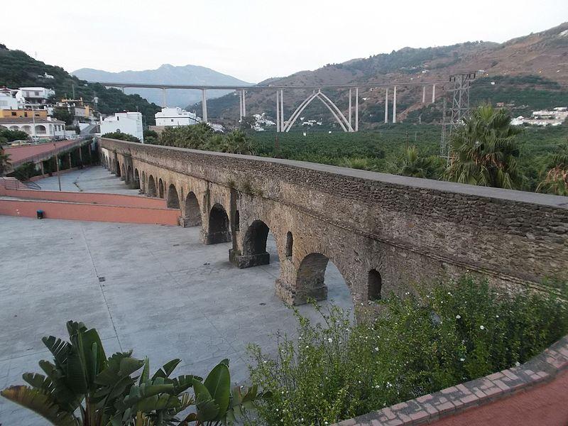 Acueducto de Torrecuevas01.jpg