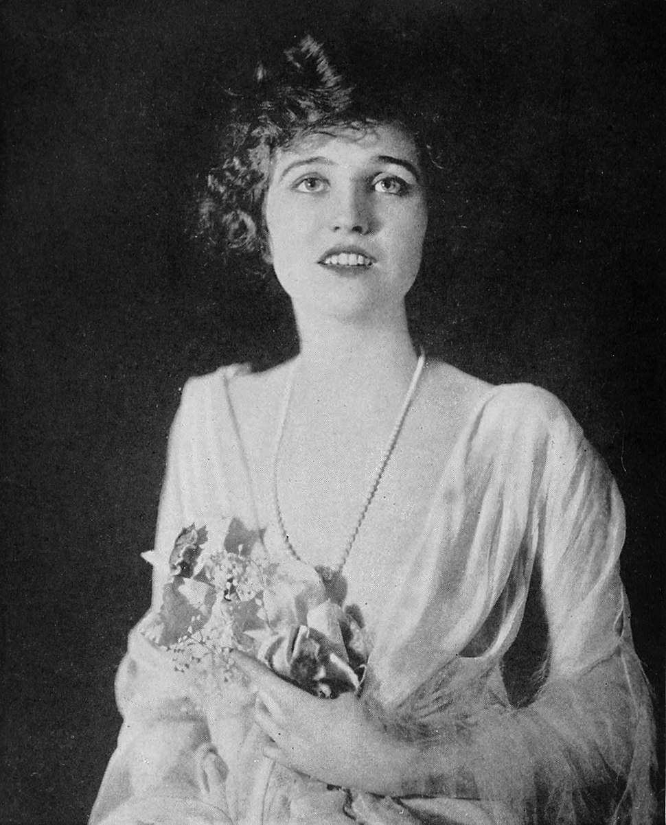 Agnes Ayres Who's Who on the Screen