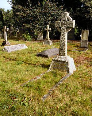 Alfred Bestall - Bestall's grave in Brookwood Cemetery
