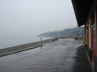 Alki Point, Seattle - Alki Beach on a rainy day