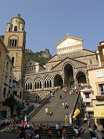 Amalfi Piazza del Duomo Italy 2.JPG
