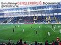 Ankara Derbisi'nde Gençlerbirliği tribünleri..jpg
