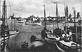 Antwerpen 1930s vanuit linkeroever. Arfo Postkaart nr 3, Antwerpen, De Reede.jpg