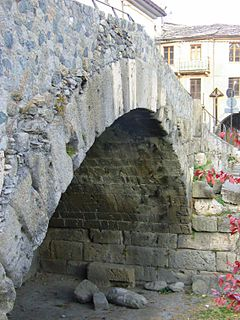 Roman segmental arch bridge