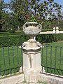 Aranjuez JardinParterre Jarron.jpg